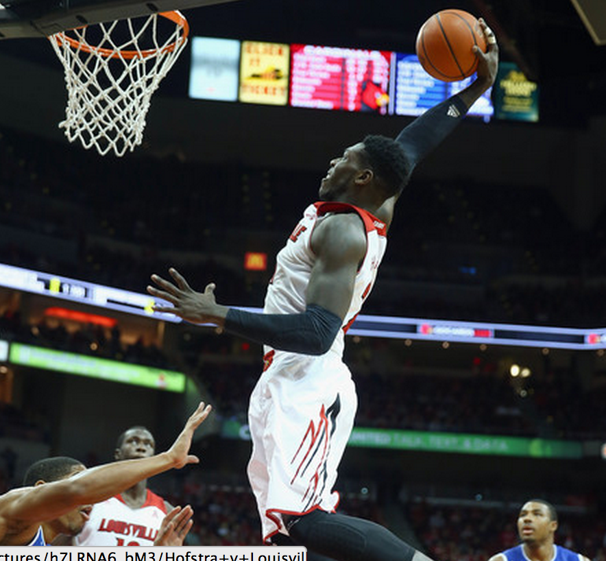 Montrezl Harrell dunkin' all over them fools.